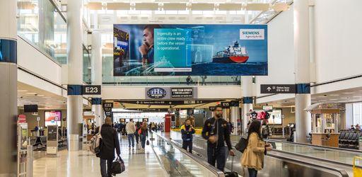 Comment l'aéroport de Houston fait marcher ses voyageurs… pour leur faire oublier l'attente