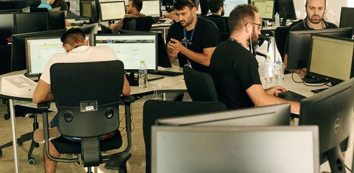 Ventes omnicanales: 2 entreprises françaises disposent de 850 000 postes de travail équipés, partout dans le monde