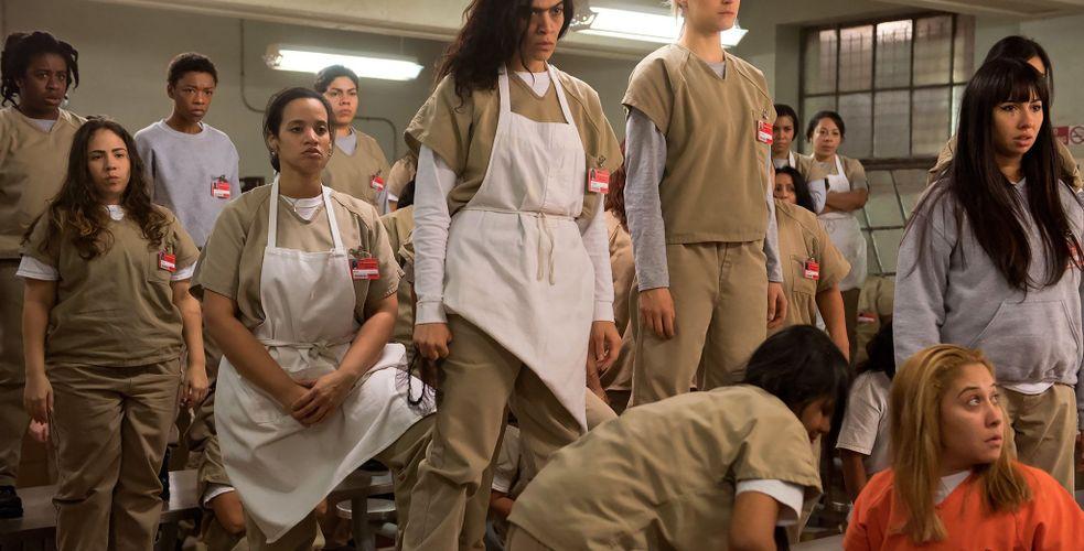 Dans les prisons américaines, des détenus apprennent et pratiquent le télémarketing. Quand les bonus sur ventes changent tout