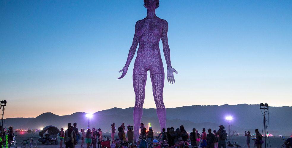 Vous désirez vivre ou faire vivre à vos clients une expérience unique? Burning Man, c'est la semaine prochaine!