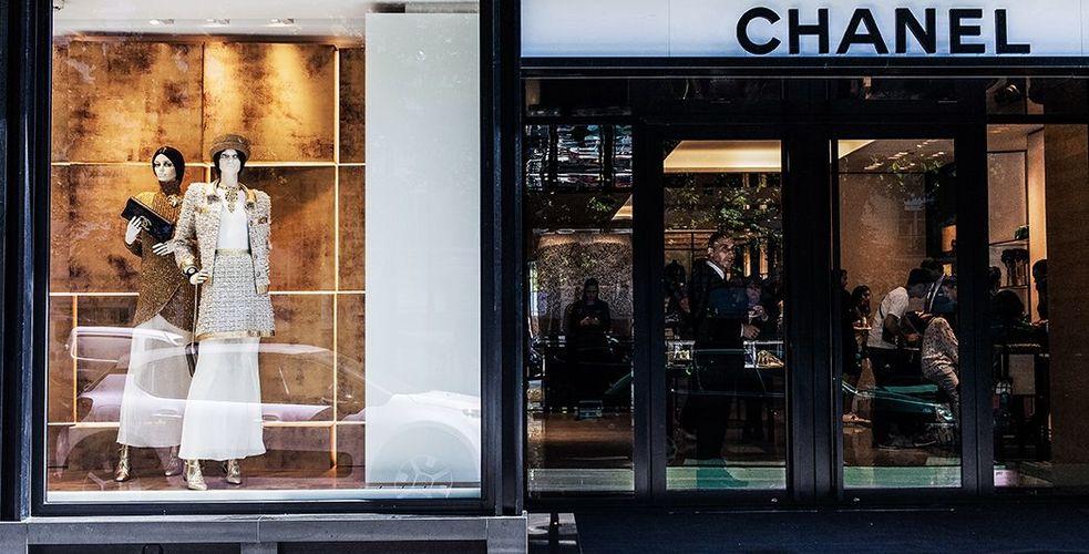 1 millions de verbatim sur l'expérience client dans les boutiques de France : qu'expriment-ils, qui dit mieux?