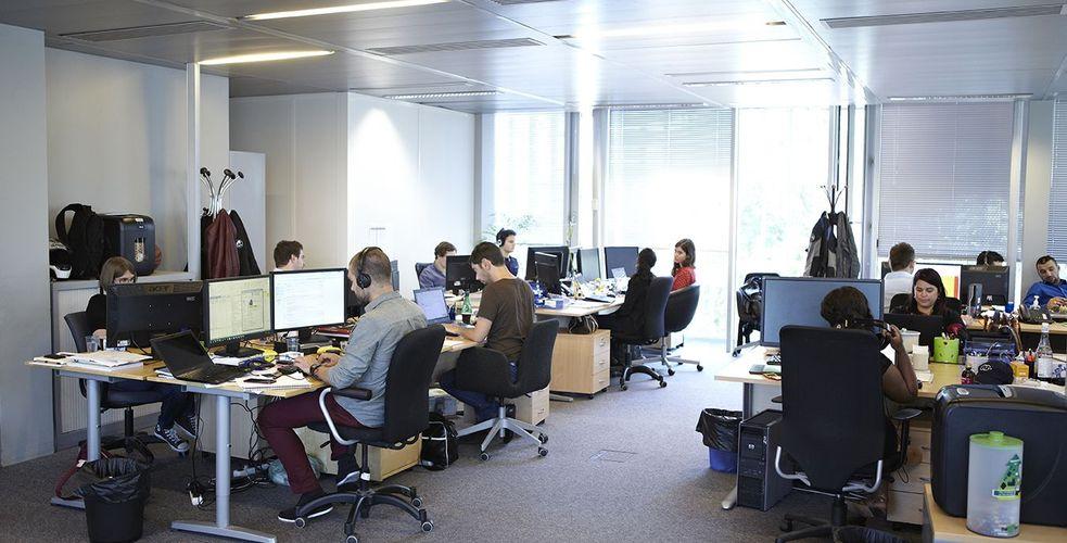 Reprise timide des commandes passées + gestion des clients mécontents + refinancement de la dette du groupe, le quotidien animé des repreneurs d'Oscaro.com