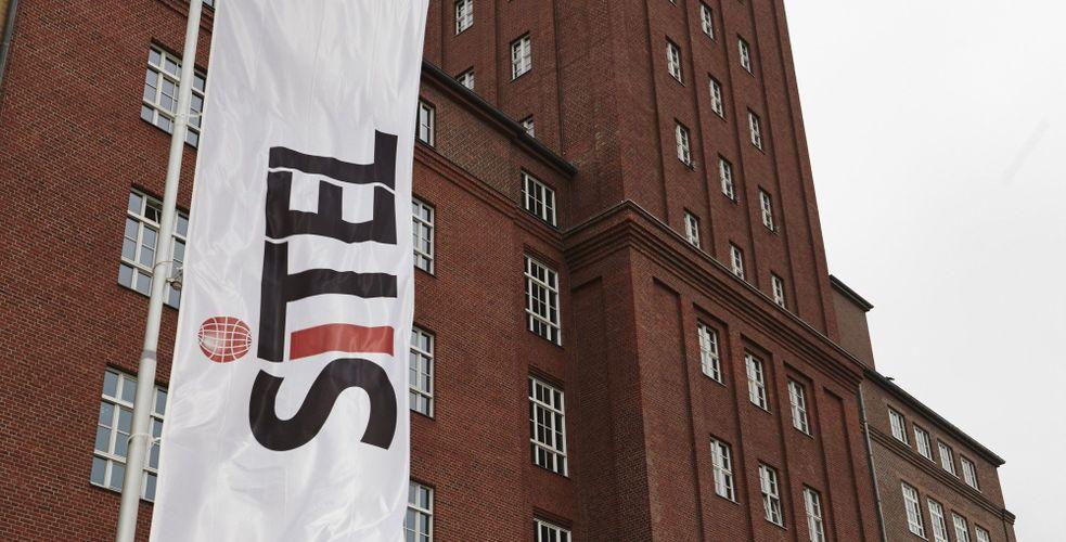 Résiliation des contrats par SFR: Arvato et Sitel touchés, b2s et Teleperformance épargnés