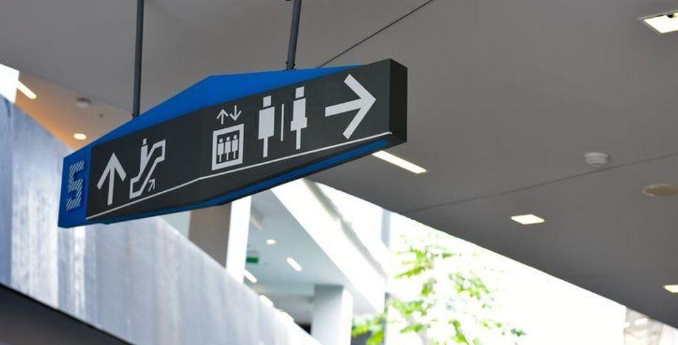 Les néerlandais de 2theloo vont vous donner envie d'aller aux toilettes en gare SNCF