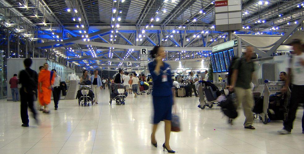 Combien de points de contacts un passager d'Air-France va-t-il rencontrer en moyenne dans son parcours client – Customer Journey – depuis la réservation de son billet jusqu'à la fin de son voyage ?